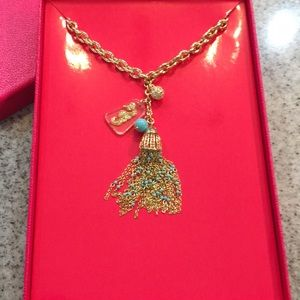NWT Lilly Necklace